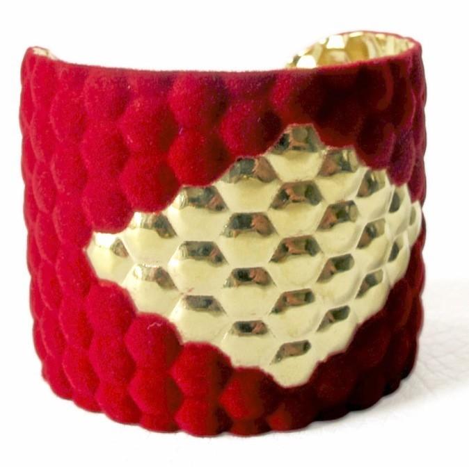 Bracelet en métal et velours, Anne Thomas, 85€