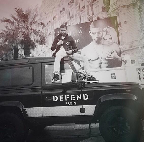 Brahim Zaibat, lui-même, en Defend Paris …