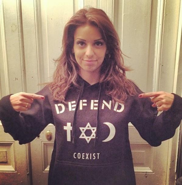 Tal en Defend Paris …