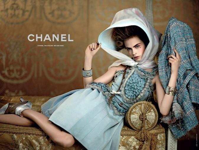 Cara Delevingne pour Chanel Croisière