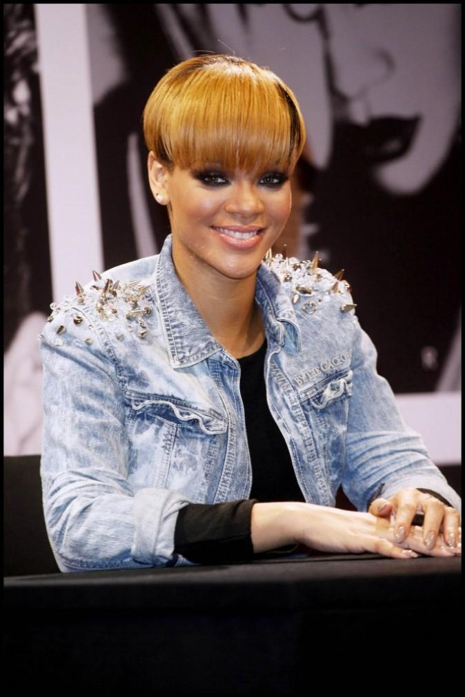 2010 : le CV capillaire de Rihanna est un parcours sans faute