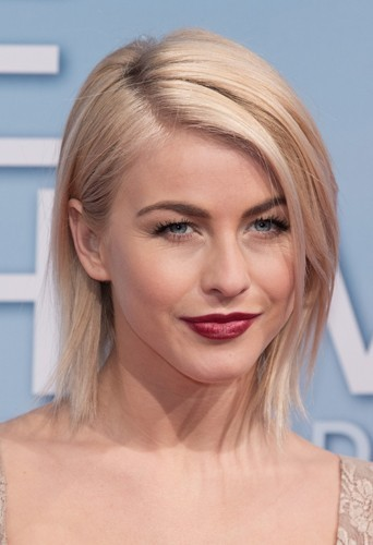 Julianne Hough et son carré lisse ? Super sexy !