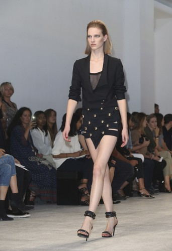 Défilé Anthony Vaccarello