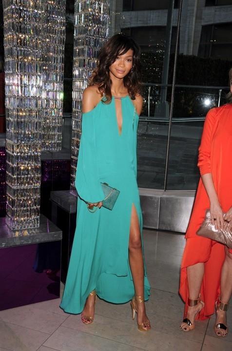 Chanel Iman en BCBG Max Azria lors des CFDA Fashion Awards