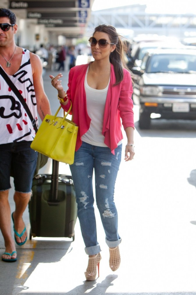 2011: Kim à l'aéroport de L.A !