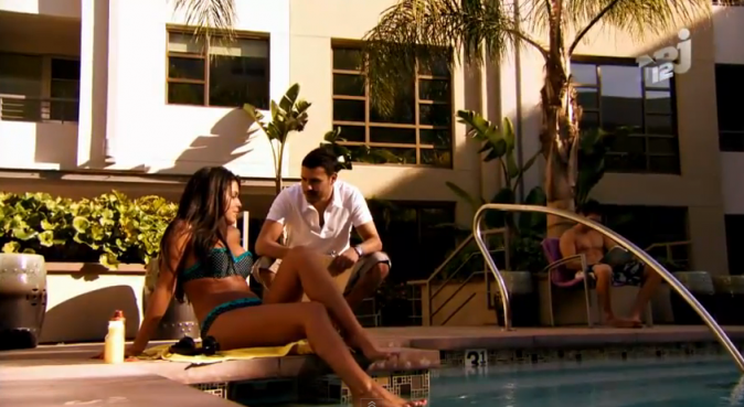 Ayem (Ayem Nour) et Nicolas (Nicolas Suret) dans Hollywood Girls