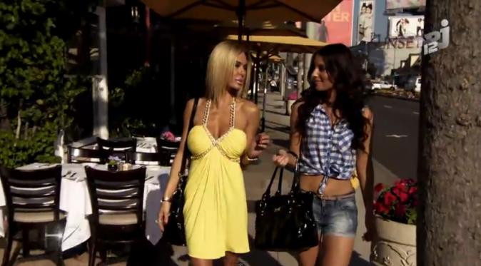 Sandra (Laura Coll) et Geny G (Shauna Sand) dans Hollywood Girls