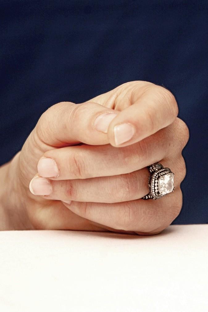 """6-""""Un petit caprice et hop, voilà un gros diamant que j'attendais tant !"""""""