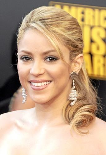 g. Shakira