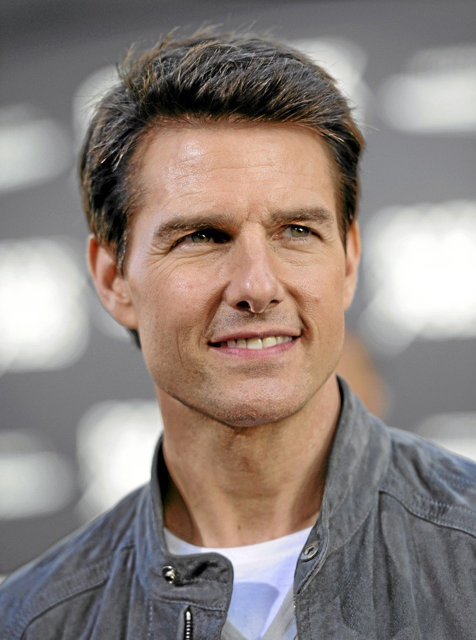 I- Tom Cruise