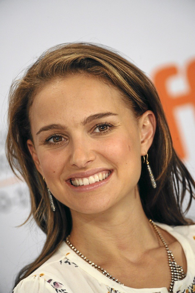 D - Natalie Portman !