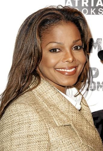 """Janet Jackson. """"Choriste et danseuse à ses débuts, elle est apparue dans plusieurs de mes clips. Aujourd'hui, on vend quasiment le même nombr..."""