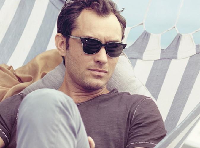 Jude Law sexy pour la campagne de Vogue Eyewear