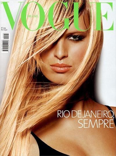 Karolina Kurkova en couverture du Vogue Brésil !