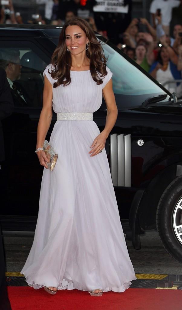 La duchesse tout de blanc vêtue pour les BAFTA