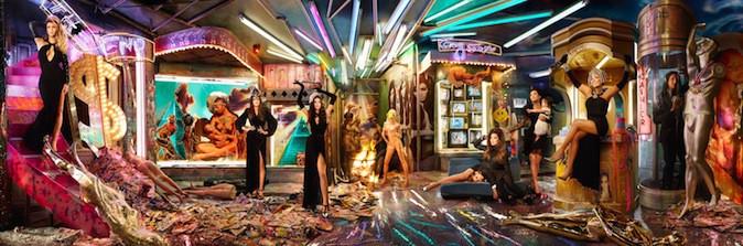 La carte de voeux de la famille Kardashian 2013, so kitsch !