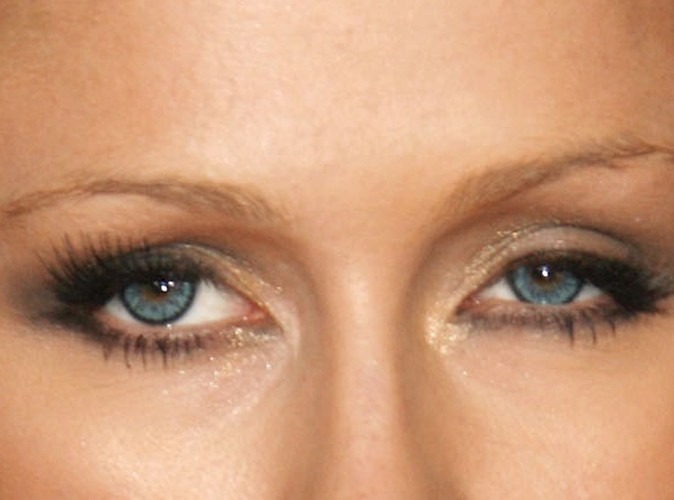 maquillage yeux qui louchent