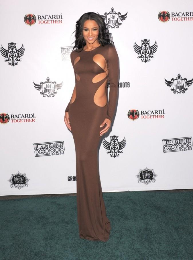 Look : Ciara se dénude un peu trop !