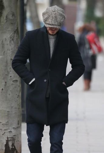 Il a le béret, il ne lui manque que la baguette et David sera un vrai parisien !
