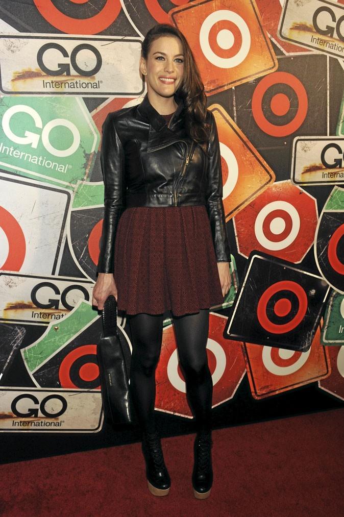 Look de star : le perfecto en cuir de Liv Tyler