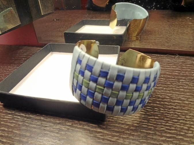 Manchette en cuir et métal, Wing Paris 50 €