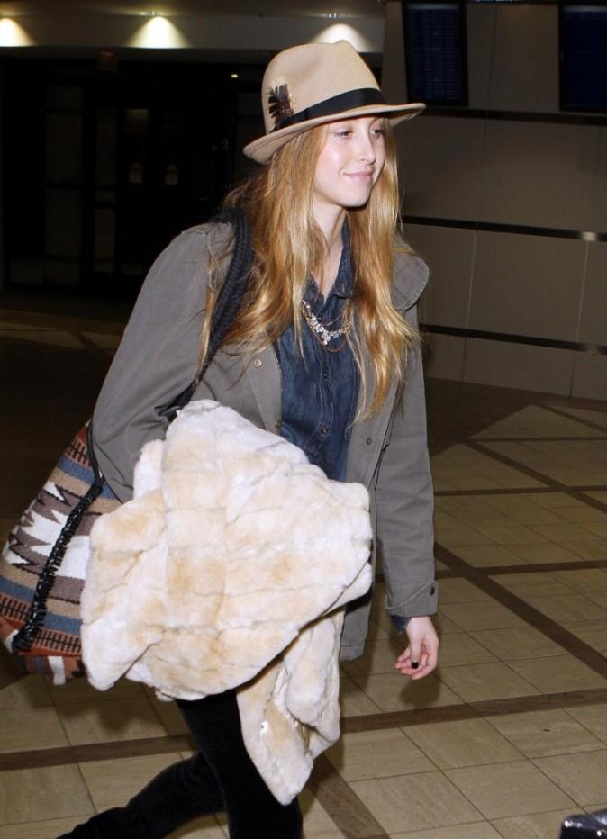 Look de star : le chapeau en feutre tendance aventurier de Whitney Port