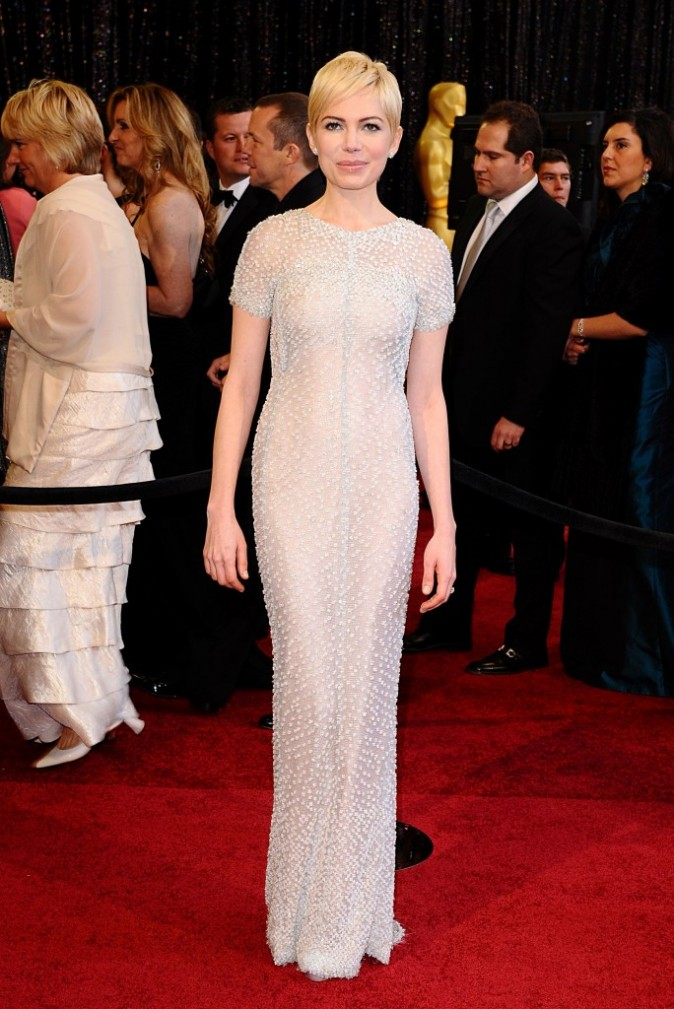 Michelle Williams en 2011 dans une robe Chanel couleur champagne