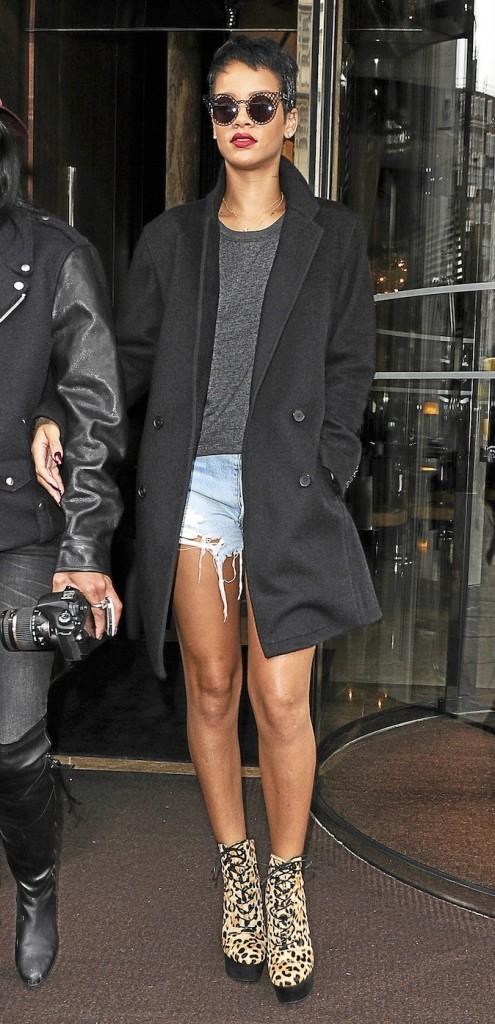 Rihanna, Des boots Chloë Sevigny for Opening Ceremony !