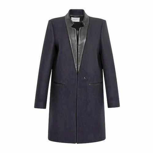 Manteau en laine et cuir, Sandro 435 €
