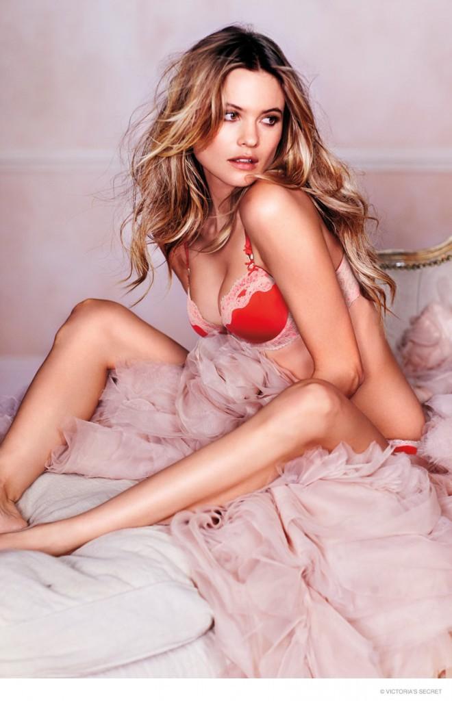Mode : Behati Prinsloo, Candice Swanepoel... : les Anges Victoria's Secret partent à l'assaut de la Saint-Valentin !