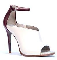Mode : Cameron Diaz : elle lance sa collection de chaussures !