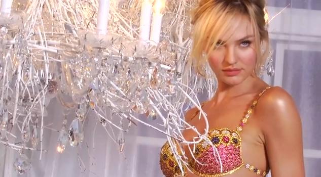 """Dans les coulisses du shooting pour le """"Fantasy Bra"""" à 10 millions de dollars avec Candice Swanepoel"""
