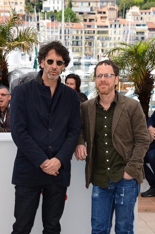 Les réalisateurs du film, décontractés