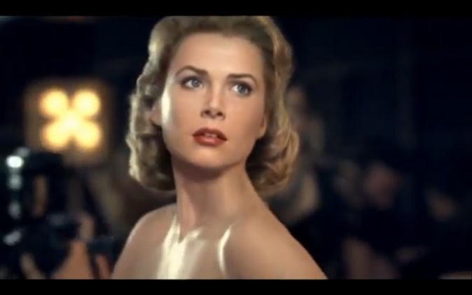 Un clin d'oeil à Grace Kelly au milieu de l'agitation !