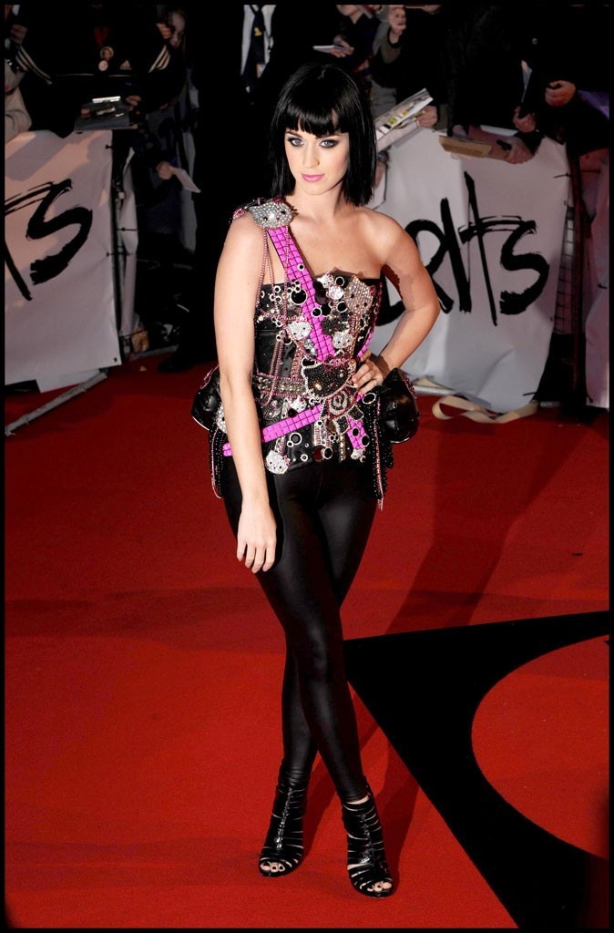 Katy Perry avec son haut Hello Kitty