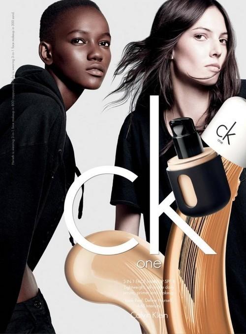 Herieth Paul et Ruby Aldridge pour la campagne CK One cosmétiques