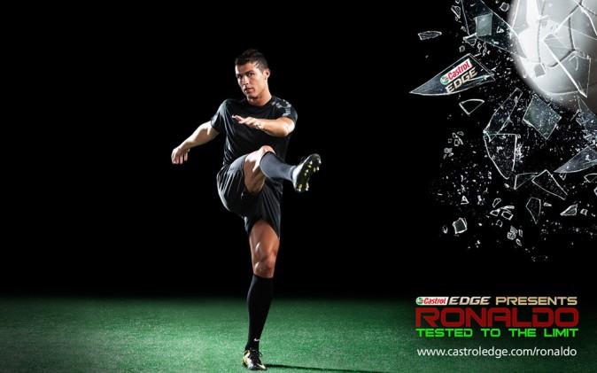 Cristiano Ronaldo : quand le ballon d'or se la joue mannequin, ça le fait plutôt bien !
