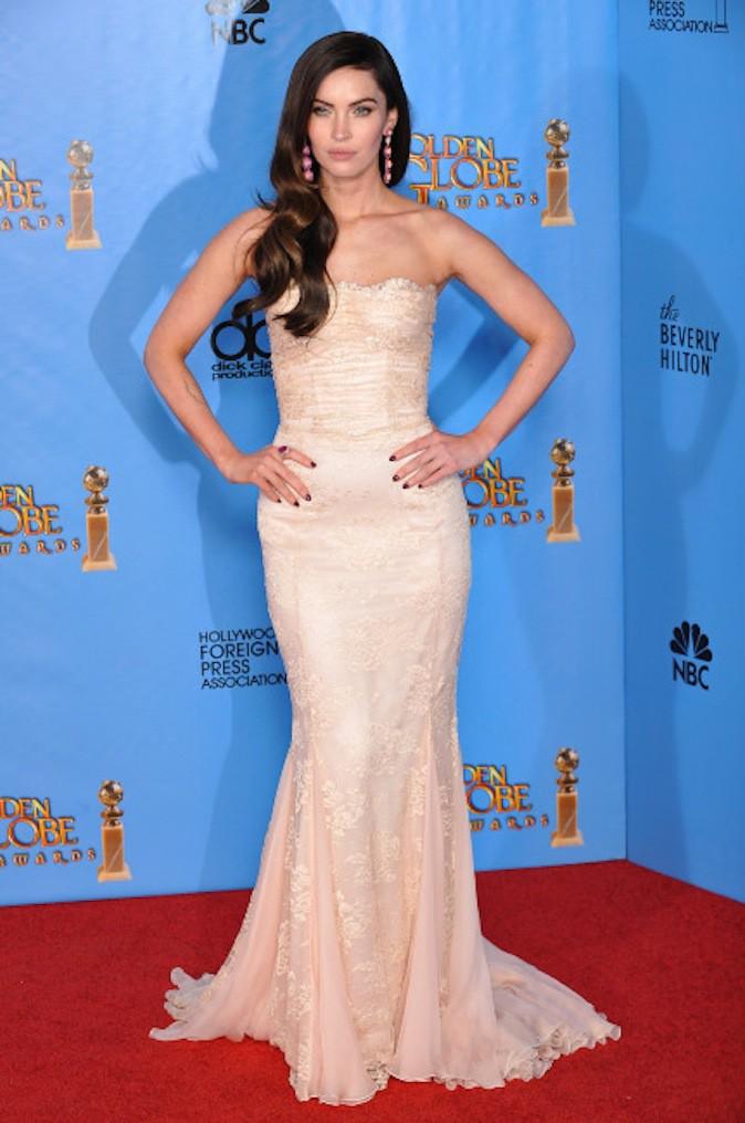 Megan Fox, le blanc lui va si bien et ressort sur red carpet !