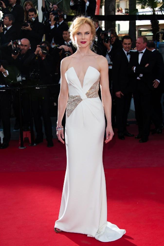 Nicole Kidman, le blanc lui va si bien et ressort sur red carpet !