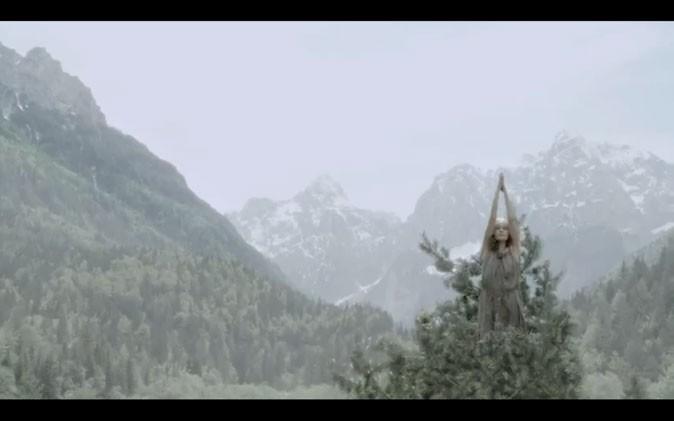 Un lieu étonnant pour faire son yoga !