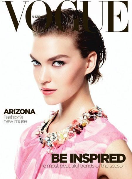 Arizona Muse : wet look pour Vogue