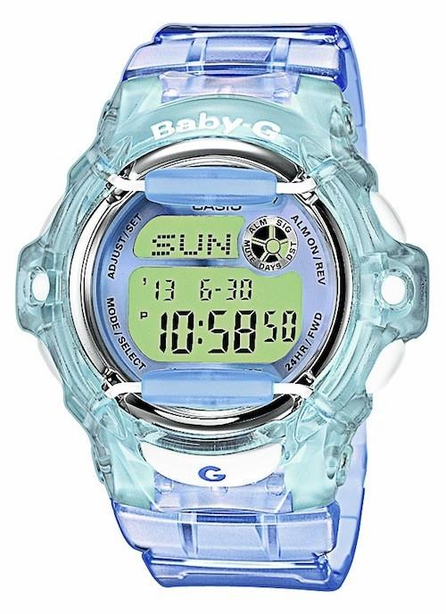 Bracelet en résine bleue, Casio 79€