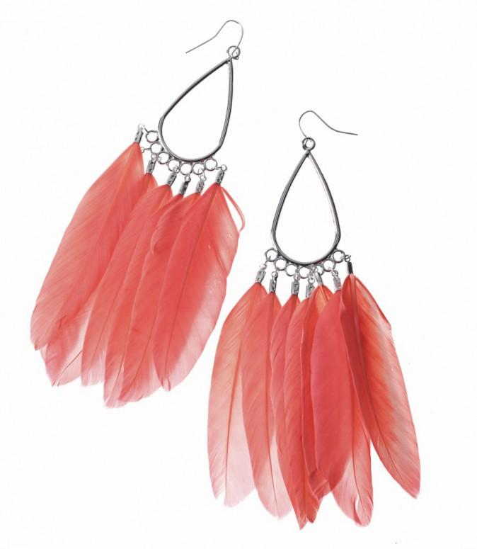 Boucles d'oreilles à plumes, Claire's 10 €