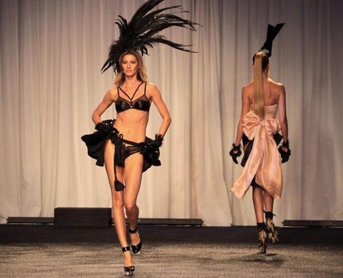 Une mise en scène qui ressemble trop à celle de Victoria's Secret ...