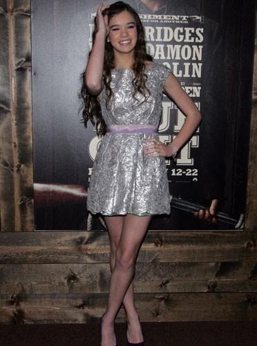 Hailee Steinfeld en mode glitter