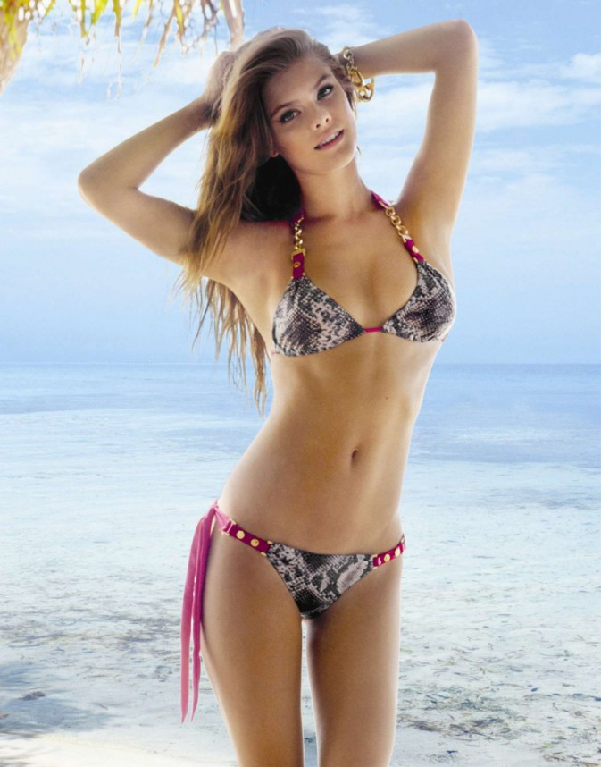 Nina Agdal pour Beach Bunny