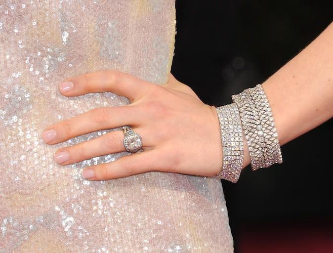 Jessica Biel et ses bijoux Tiffany & Co. à 525.000 $