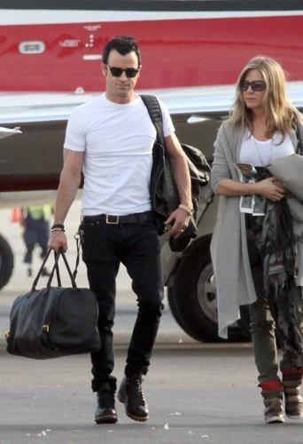 Justin Theroux en décembre 2012 au Mexique accompagnée de Jennifer Aniston et ... de son jean et ses boots !