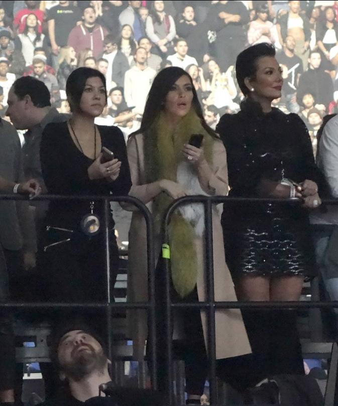 La famille Kardashian au Yeezus Tour !