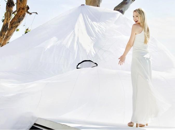 Kate Hudson glamour pour la campagne estivale Ann Taylor !